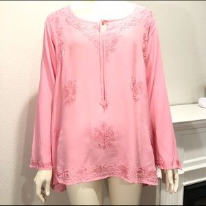 Romeo & Juliet embroidered pink rayon top 1X